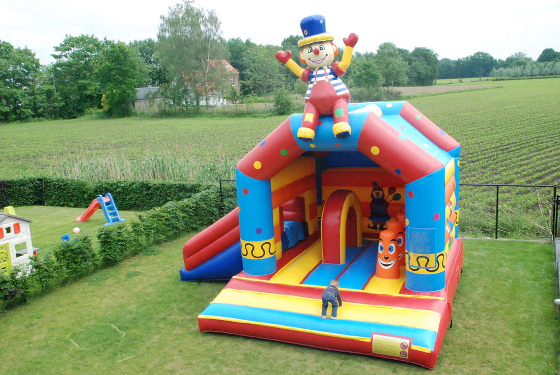 Springkasteel multifun clown